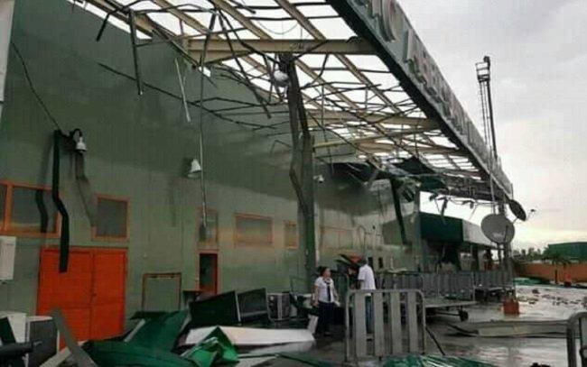 Una tormenta severa causa daños y cierra un aeropuerto en Cuba
