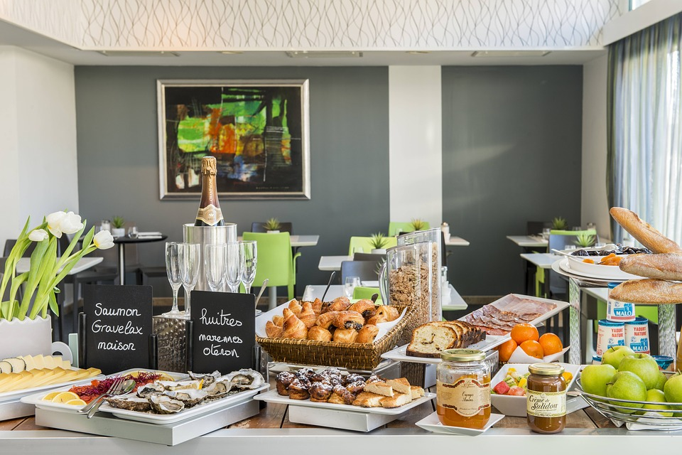 Buffets hoteleros: los platos hipercalóricos dejan paso a los productos 'bio'