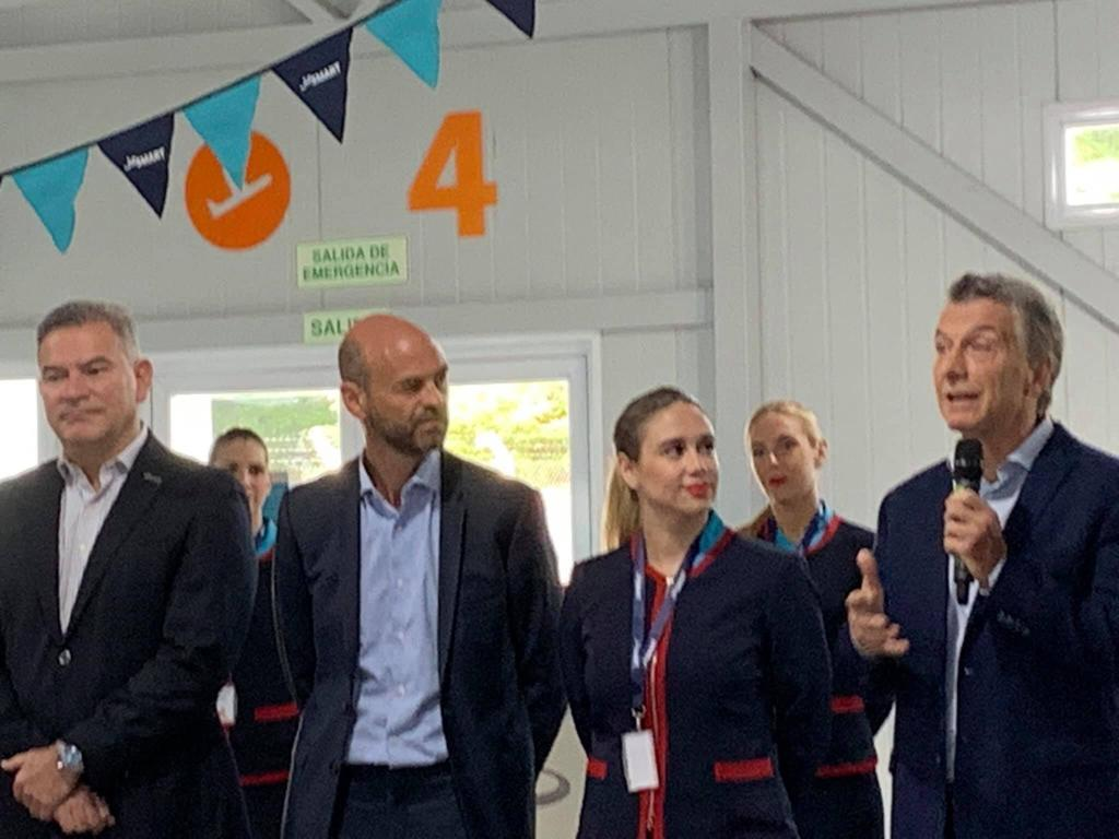 Presidente de Argentina: «Todavía tenemos el desafío de que Aerolíneas Argentinas sea sustentable»