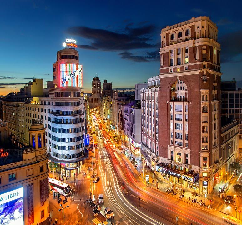 España: La Mesa de Turismo advierte que a fin de año habrá 1,5 millones de parados