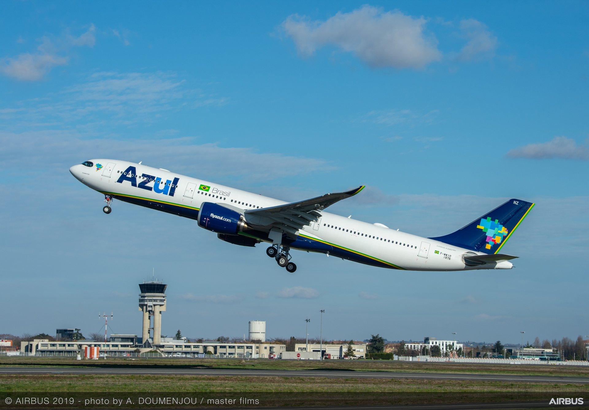 Azul realiza primeiro voo do A330-900neo com passageiros
