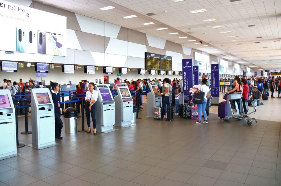 Latam Airlines inicia nuevo sistema de embarque