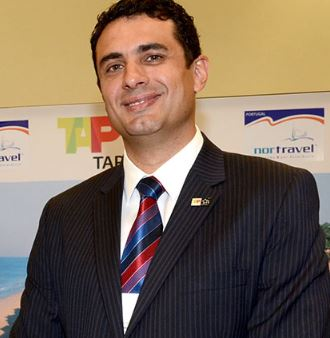 Carlos Antunes assina como gerente regional da Copa Airlines