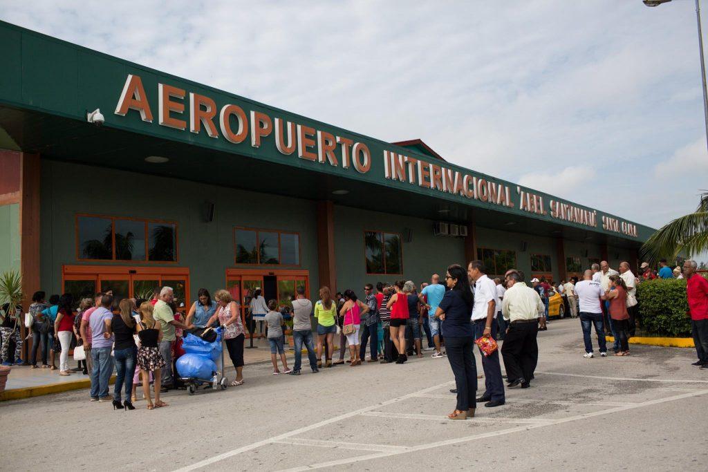 Reanuda sus vuelos aeropuerto internacional en el centro de Cuba