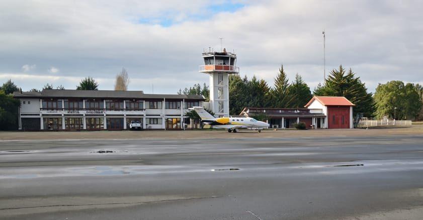 Chile: Gobierno confirmó inversión de 1.000 millones de pesos para mejorar el aeródromo de Los Ángeles