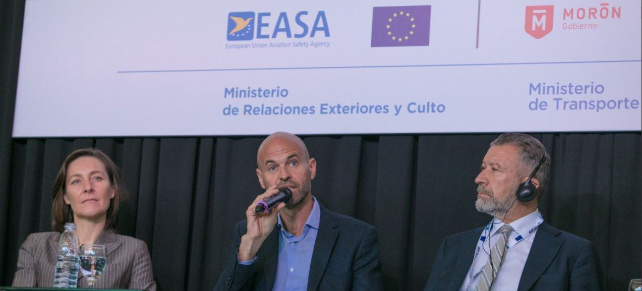 Argentina: Realizan en Morón 1er Foro de Conectividad Aérea en Latinoamérica