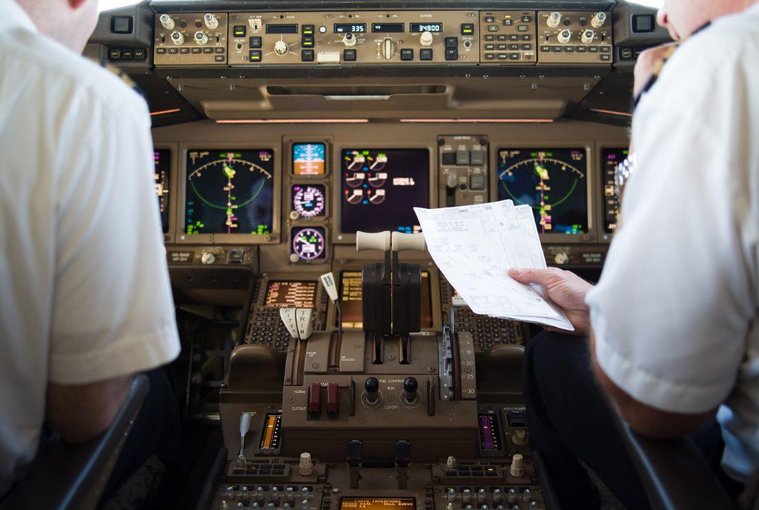 Sólo 22 mujeres están piloteando aviones comerciales en Argentina