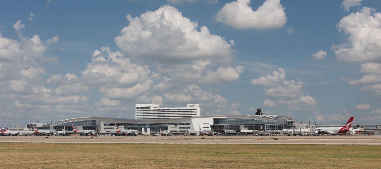 Aeropuerto DFW en puesto 11 en ránking de mejores aeropuerto de EEUU