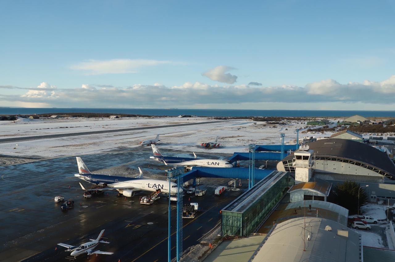 Chile: En marcha licitación internacional para concesionar aeropuerto de Punta Arenas