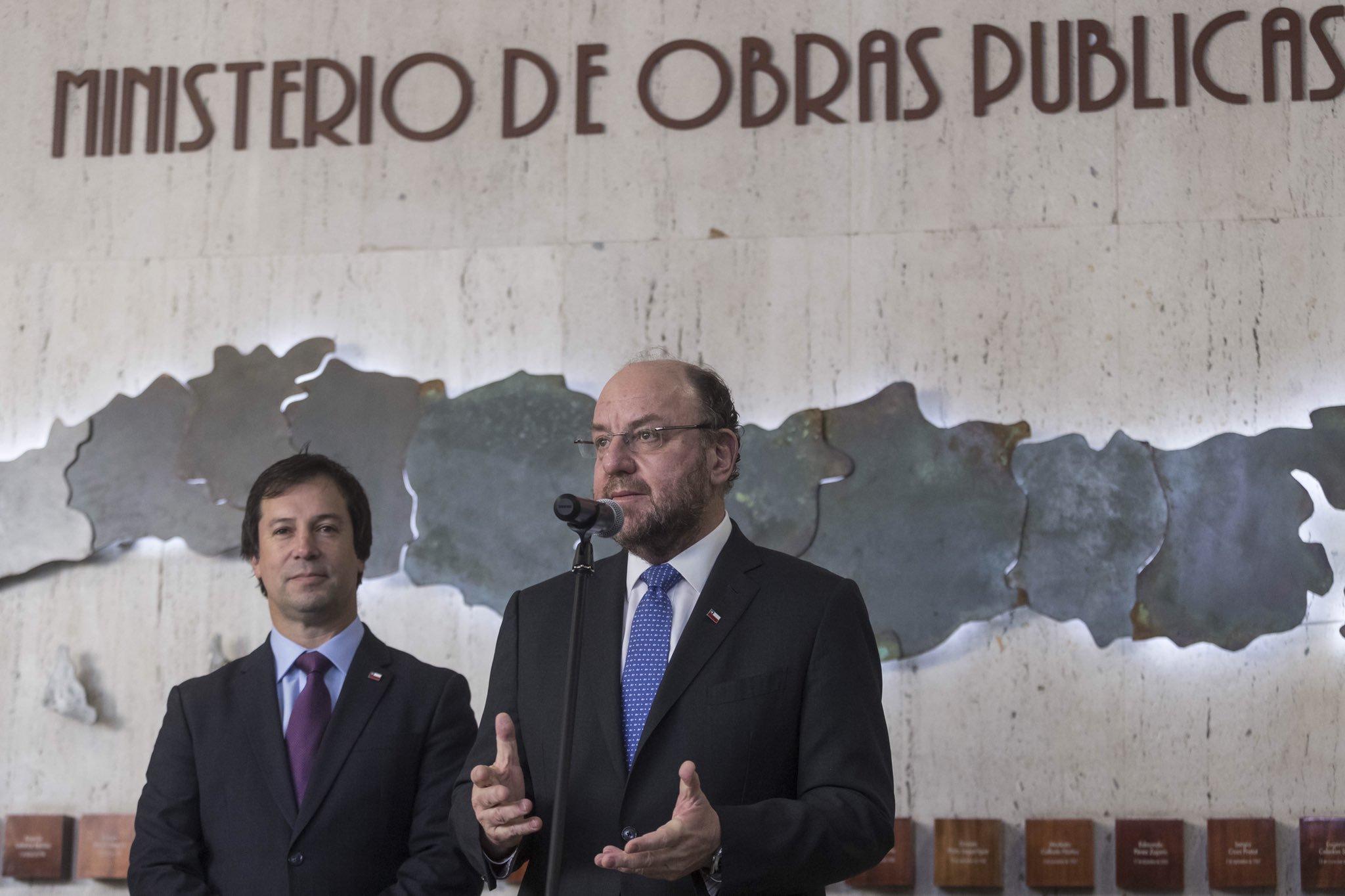 """Ministro Moreno por controversia con Nuevo Pudahuel: """"Hay que defender los intereses de Chile y eso es lo que vamos a hacer"""""""