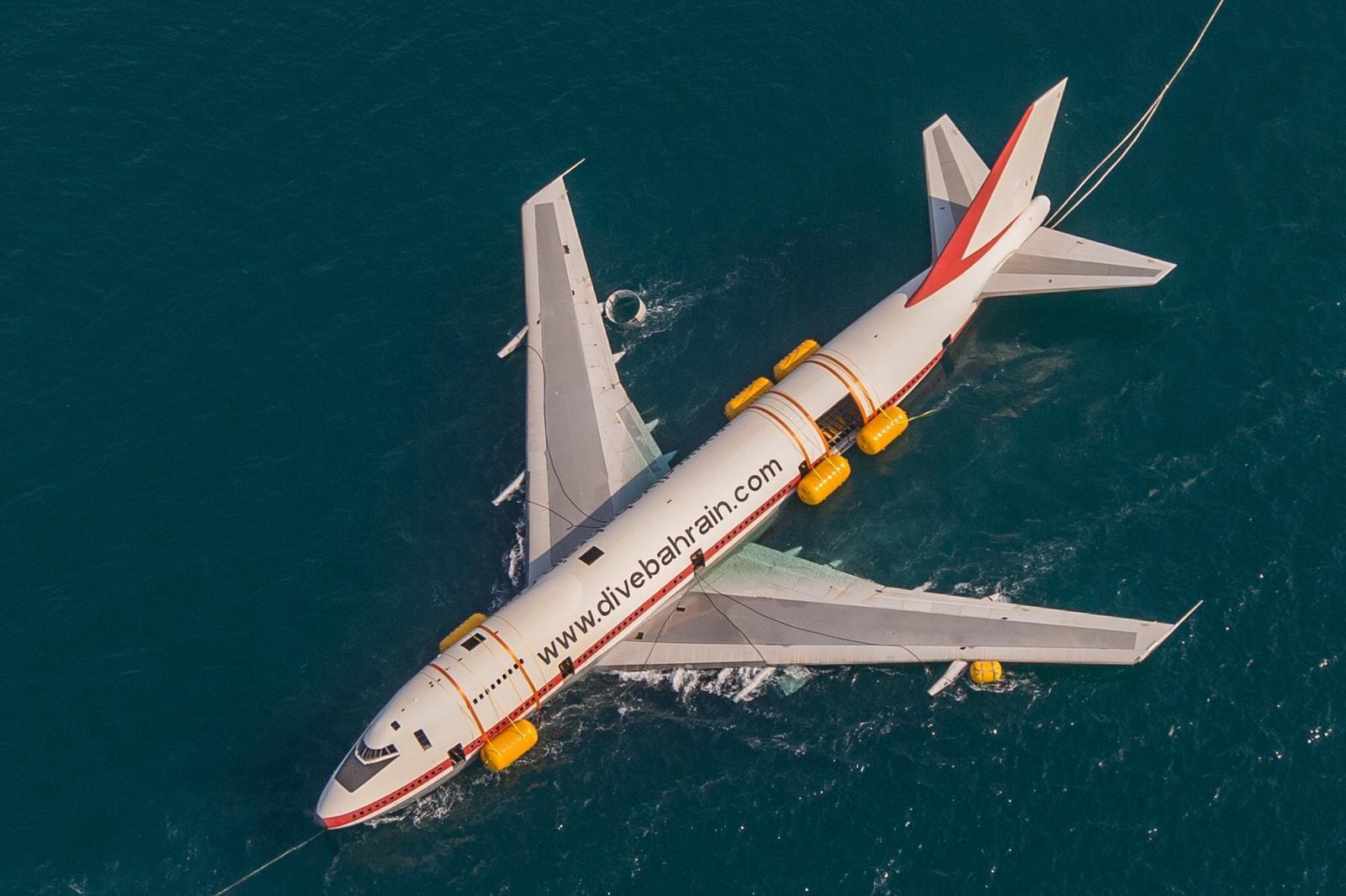 Este B747 tiene un nuevo hogar: debajo del mar
