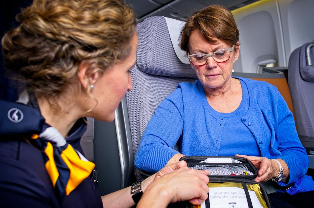 Electrocardiogramas a 10.000 metros: Lufthansa lanza sistema de telemedicina a bordo
