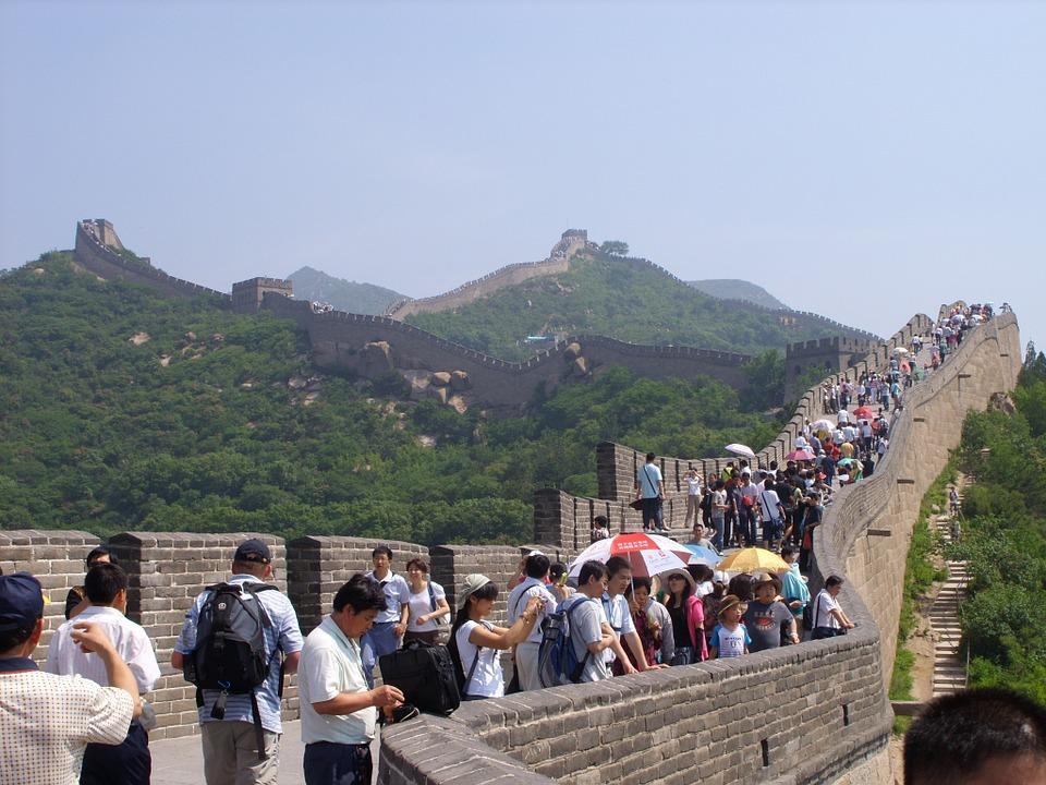 China limita a 65 mil el número de visitas diarias a la Gran Muralla