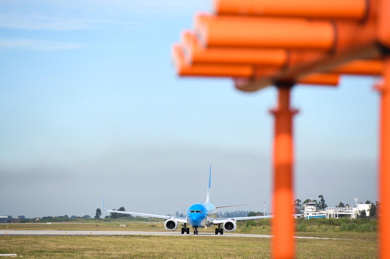 Argentina: Aeropuerto de Tucumán suma tecnología y ya tiene un nuevo sistema de aterrizaje instrumental