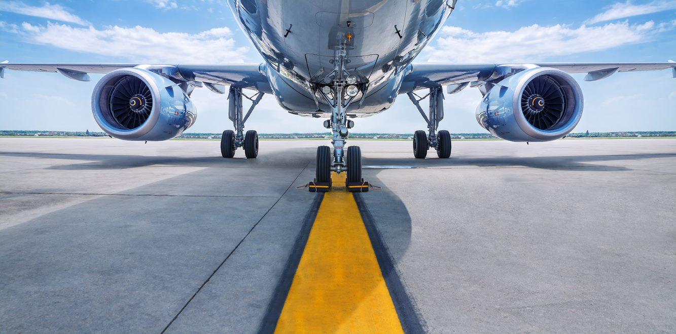 Colombia y Perú firman acuerdo para facilitar tráfico aéreo entre rutas de ambos países