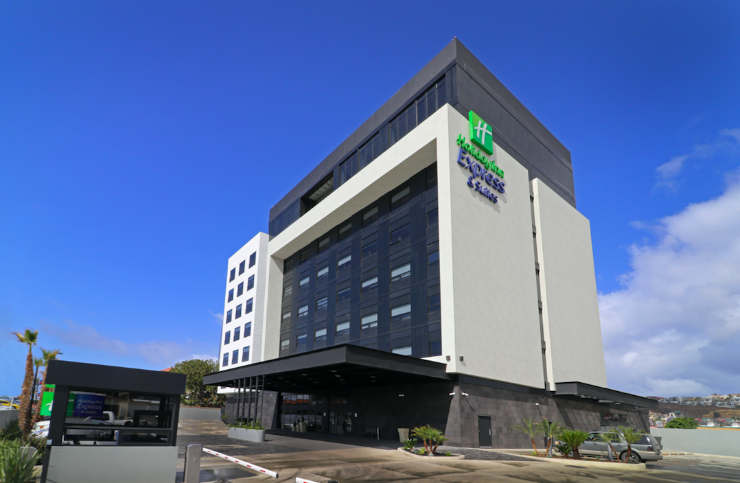 Holiday Inn Express & Suites abre en Ensenada, México
