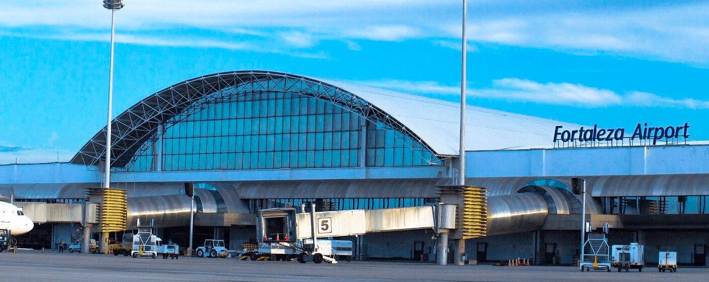 Fortaleza negocia apertura de rutas aéreas con Bogotá y Santiago