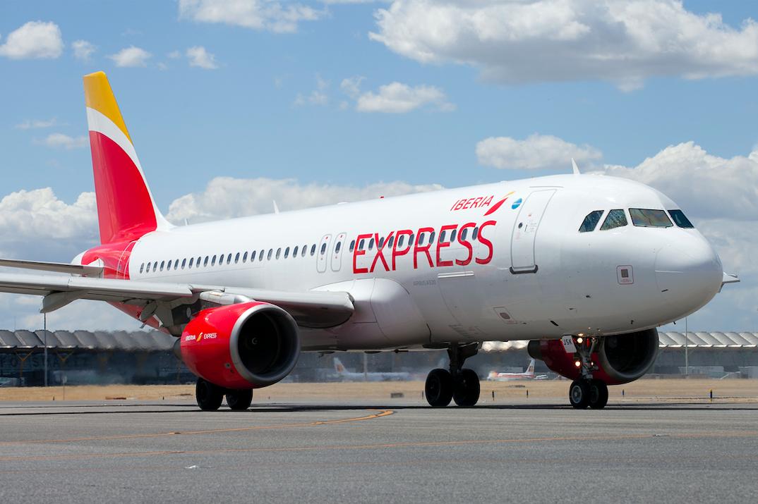 Iberia Express retoma rutas domésticas e internacionales