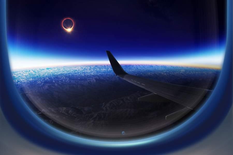 Alrededor de 5.400 pasajeros podrían disfrutar hoy del eclipse total de sol desde sus vuelos
