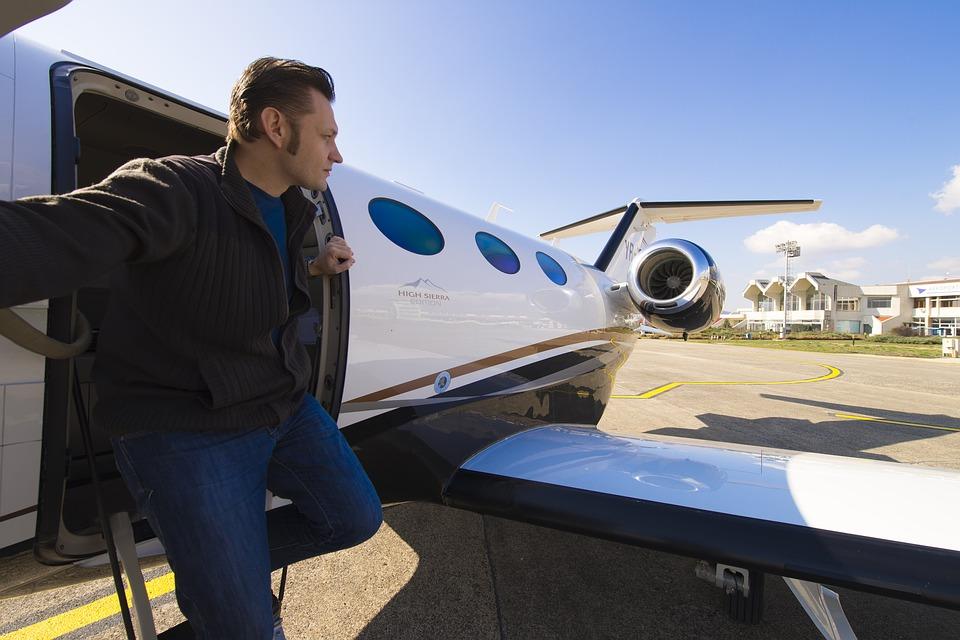 Los exóticos destinos de los ricos a bordo de sus jets privados