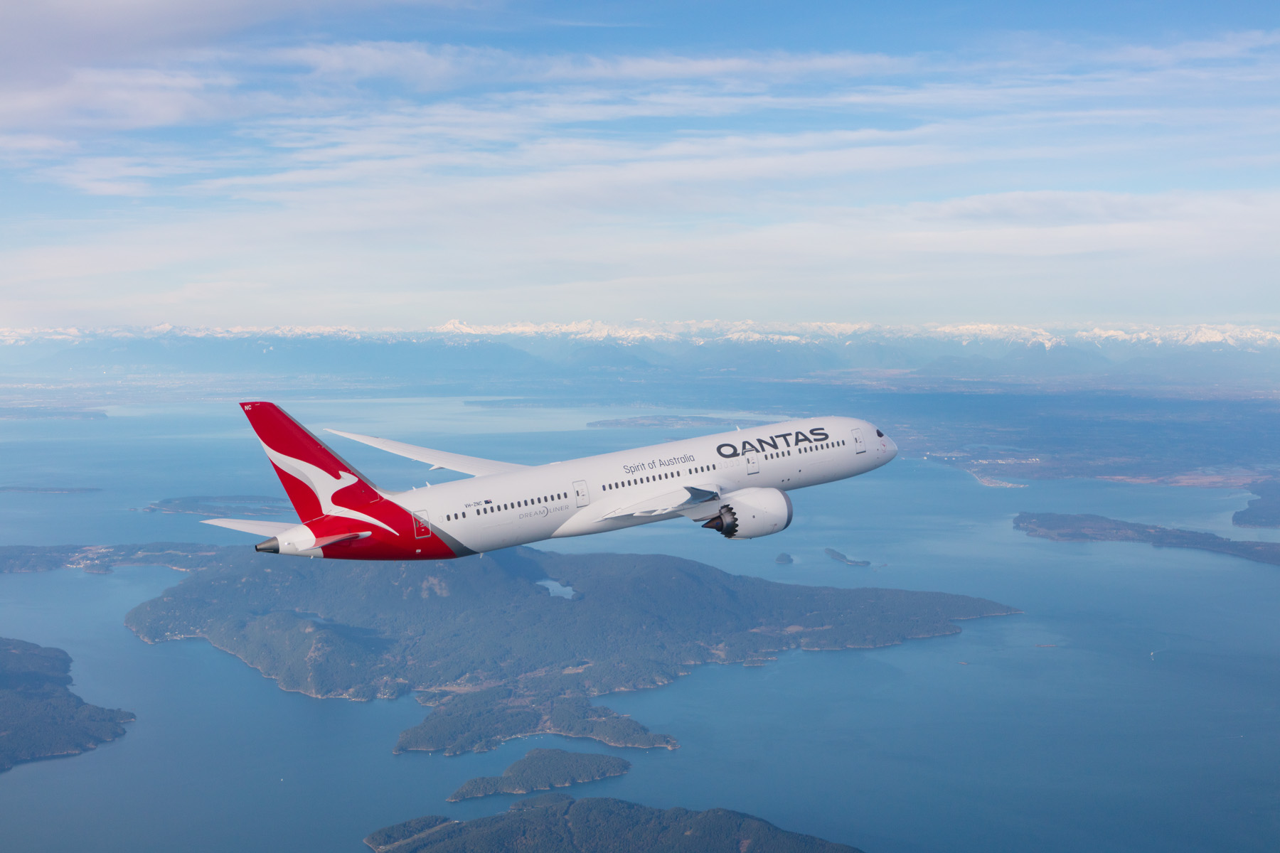 Qantas international routes likely to remain on hold until next summer
