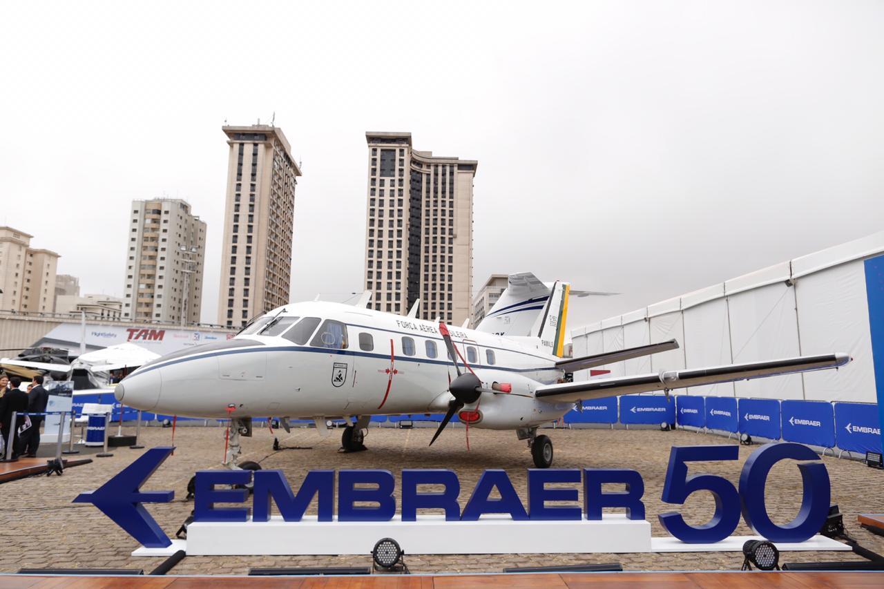 Embraer, 3ª maior fabricante do aviões do mundo, faz 50 anos