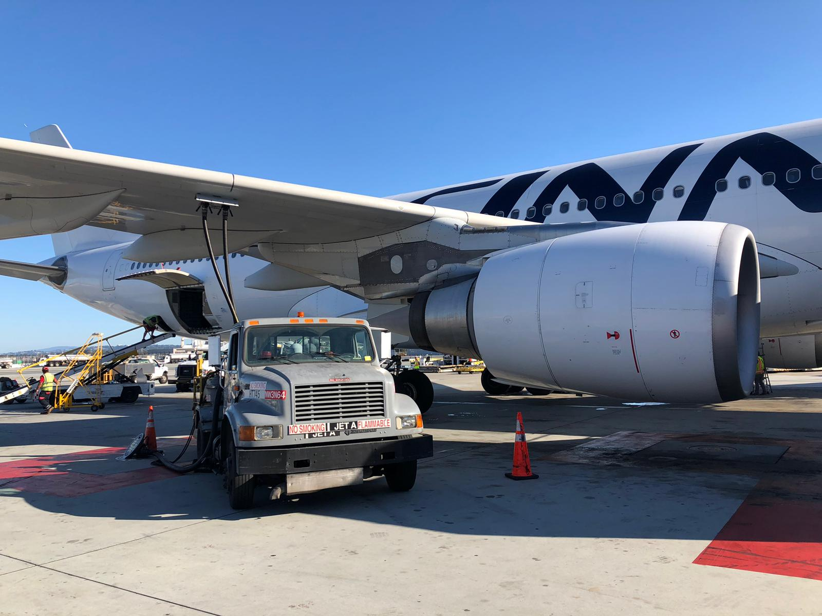 "Finnair flies its first ""Push for change"" biofuel flights from San Francisco to Helsinki"