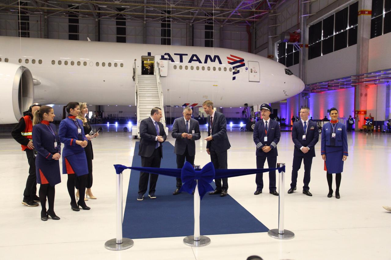 LATAM presenta su nueva clase ejecutiva  y la transformación de su experiencia de viaje