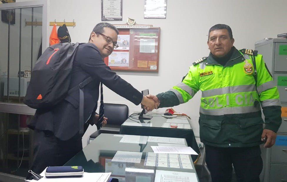 Los policías honrados del aeropuerto Alfredo Rodríguez Ballón