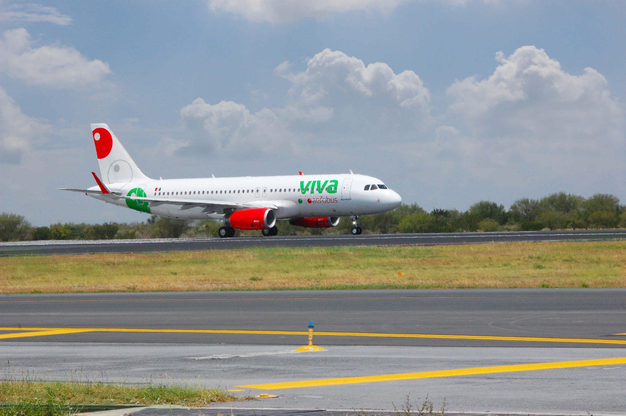 VivaAerobus reducirá sus operaciones; suspende vuelos a Nueva York y Zacatecas desde el AICM