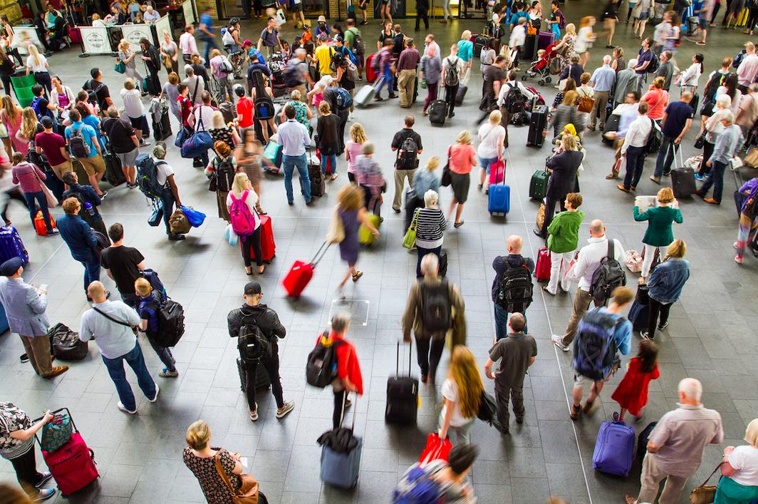 EEUU extiende a 20 aeropuertos los controles para detectar el coronavirus