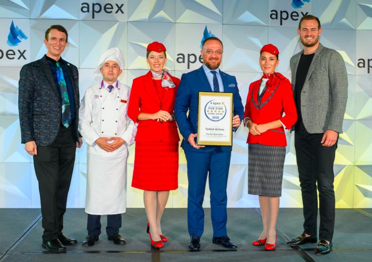 """Turkish Airlines fue nombrada la """"aerolínea global de cinco estrellas del 2020"""" en los premios APEX"""