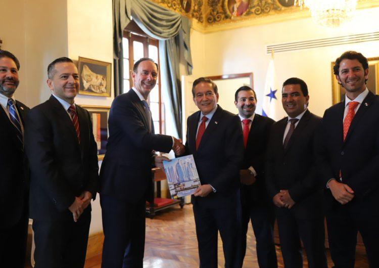 Presidente de Panamá sostuvo reunión con IATA