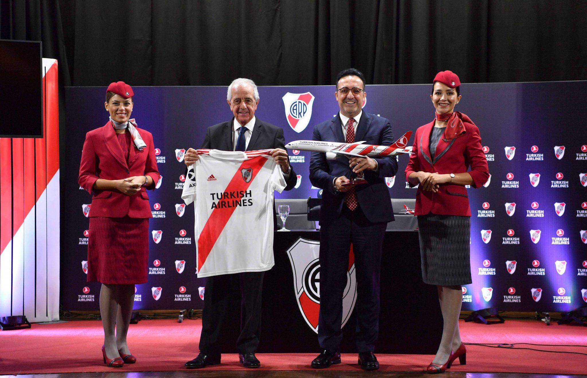 Turkish Airlines y su primer Superclásico en la camiseta de River Plate