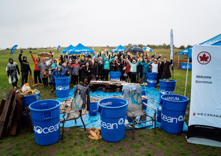 Air Canada retira del océano más de 3.200 piezas de plástico, reforzando su compromiso con el medio ambiente