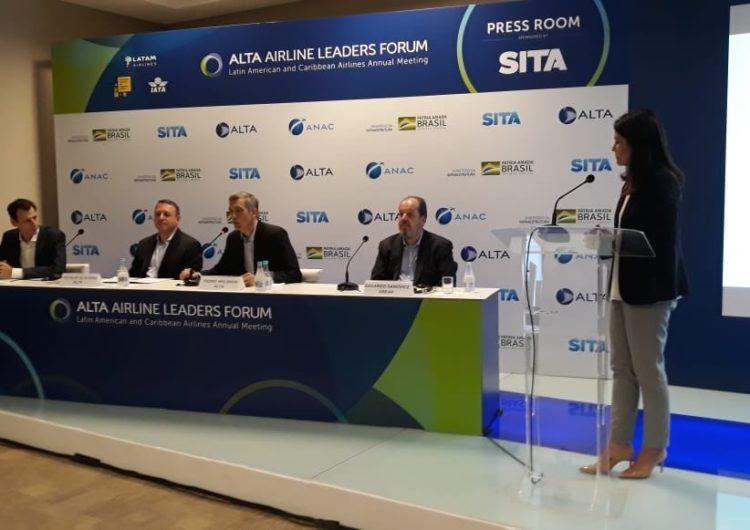 Secretário acredita em revolução na aviação do Brasil