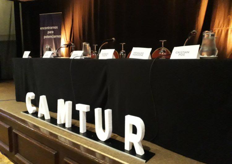 Uruguay: «Hablemos de turismo» con los referentes de los partidos políticos