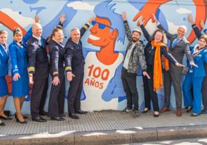 KLM celebra sus 100 años en Buenos Aires con una campaña artística con conciencia ambiental