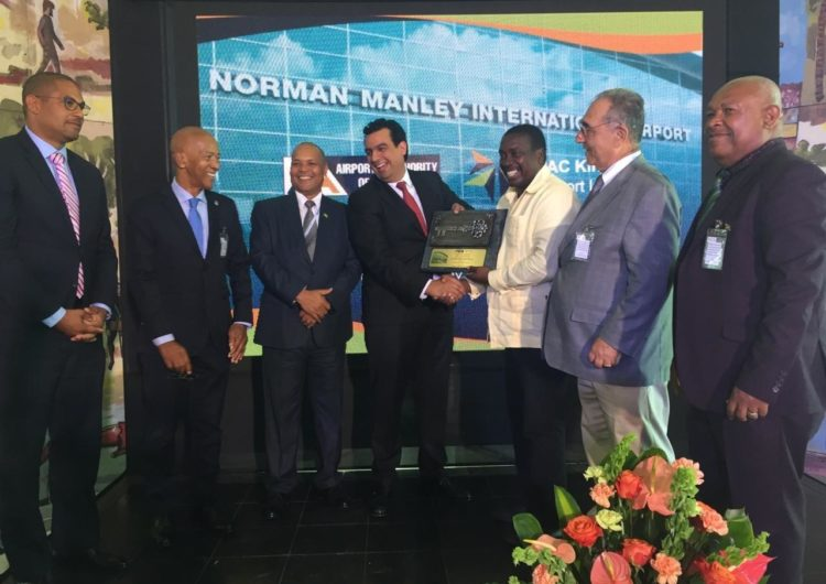 El Grupo Aeroportuario del Pacífico inicia operaciones del Aeropuerto de Kingston