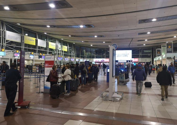 Chile: Aerolíneas aseguran que lograron normalizar la frecuencia de vuelos