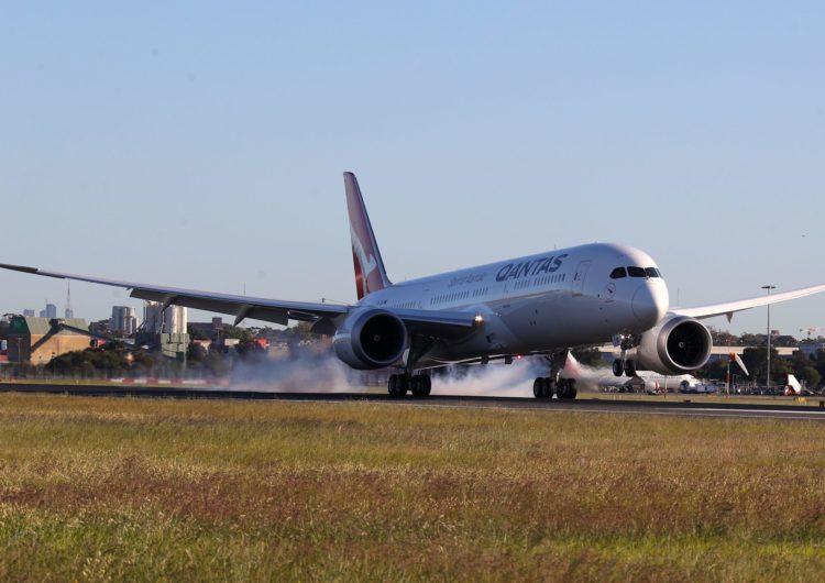 Qantas finaliza el ensayo del vuelo comercial más largo del mundo: de Nueva York a Sídney en 19 horas y 16 minutos