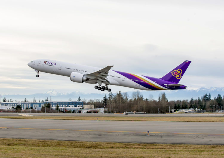 Thai Airways en la indecisión; prolonga plan de renovación de flota