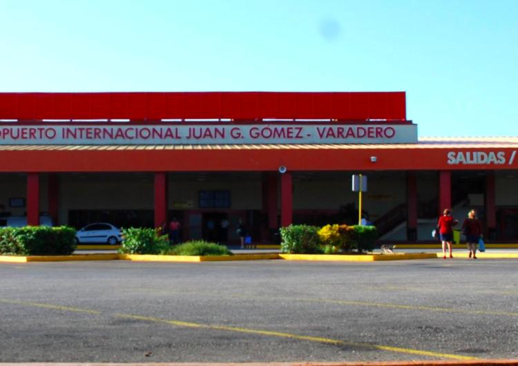 Aeropuertos de Cuba aceptan pesos cubanos junto a las divisas extranjeras