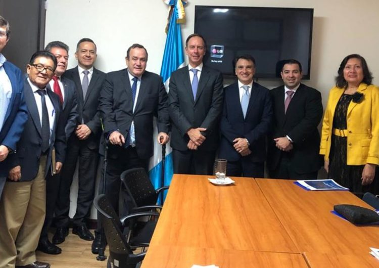 Presidente Electo de Guatemala mostró su apoyo a la industria en determinar certeza fiscal que favorezca el desarrollo de la aviación