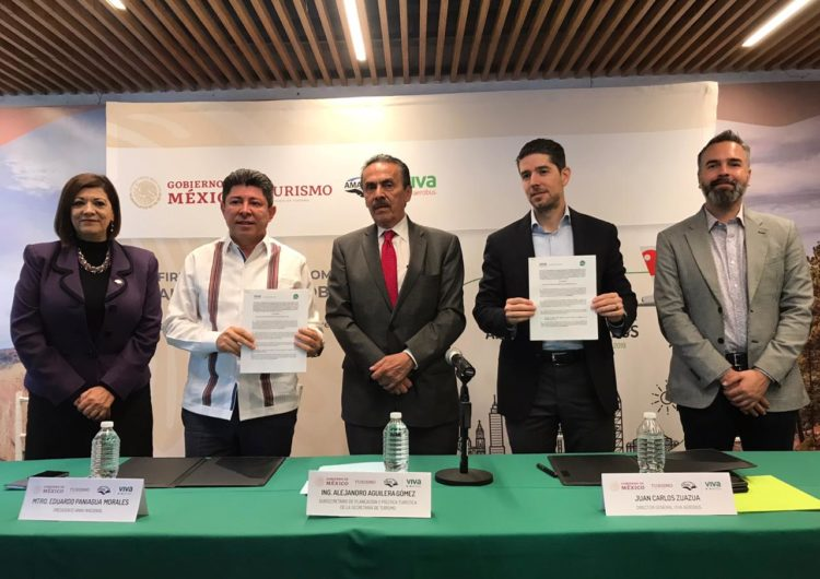 Celebran Viva Aerobus y la Asociación Mexicana de Agencias de Viajes la firma de una alianza para impulsar el turismo