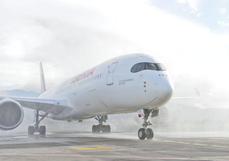 Iberia presenta su moderno Airbus A350 en Costa Rica