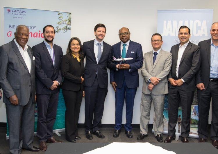 LATAM Airlines inaugura vuelo directo entre Lima y Montego Bay