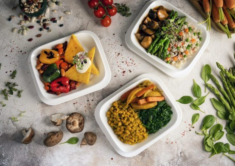 "Emirates se suma a ""Veganuary""; incorporando opciones de origen vegetal a sus menús de enero"