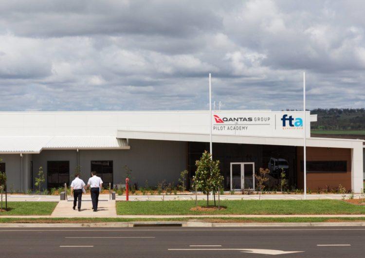 Qantas inaugura una academia de pilotos