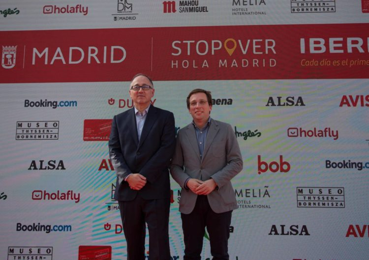 Madrid se alía con Iberia para atraer al viajero que hace escala en Barajas